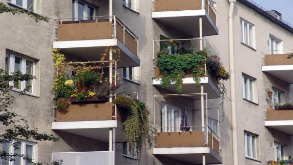Balconi Esterni Condominio : Criteri di ripartizione delle spese relative ai frontalini dei balconi.