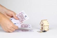 L'erogazione di somme di denaro per lavori nella casa della convivente integra una obbligazione naturale.