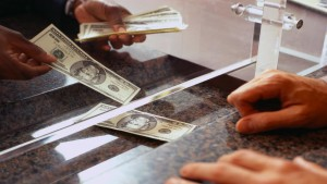 Sulla decorrenza della prescrizione del diritto alla restituzione delle somme depositate in banca