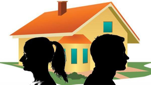 Il coniuge assegnatario della casa coniugale nella separazione deve riproporre la domanda nel giudizio di divorzio.
