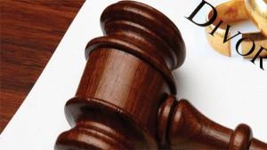 Inosservanza delle condizioni di divorzio e risarcimento danni