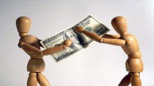 Cassazione: l'assegnazione della casa coniugale viene revocata? Aumenta L'assegno di mantenimento