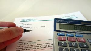 Obbligo annuale di presentazione della dichiarazione fiscale: no alla delega di funzioni