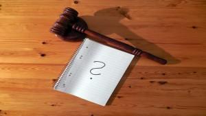 Quale contenuto deve avere l'opposizione a cartella di pagamento per violazione al CdS?