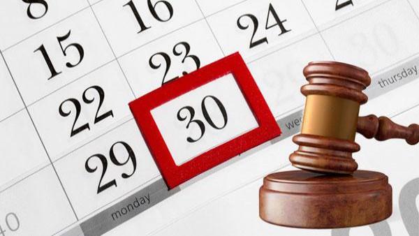 Legittimit� costituzionale della sospensione dei termini feriali agli atti del processo esecutivo.