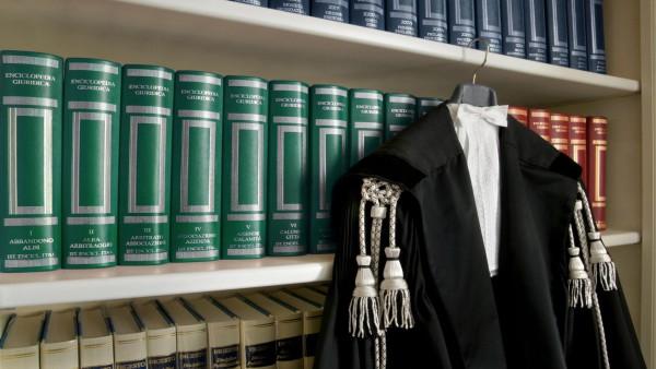 Morte del difensore: illegittima l'estinzione del giudizio.