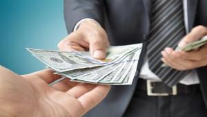 Il debitore paga la somma precettata dopo la richiesta del pignoramento: quando sono dovute le spese.