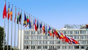 Società: possibile trasferire nell'ambito della UE la sede legale e non la sede effettiva.